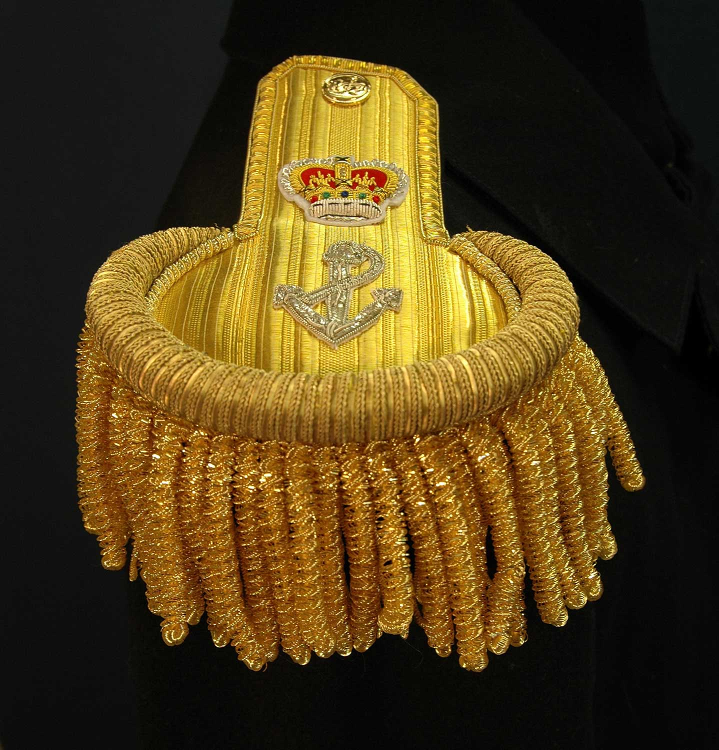 British, 1843 Royal Navy Captain Epaulette